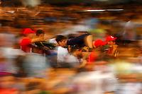 Círio 2014 <br /> A Transladação<br /> Véspera da procissão do círio em homenagem a Nossa Senhora de Nazaré acontece a transladação que leva a imagem da santa a igreja da Sé de onde sai a procissão.<br /> Belém, Pará, Brasil.<br /> Foto: Ney Marcondes.<br /> 11/1/2014.