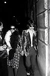 MICK JAGGER CON BIANCA PEREZ  - VIAGGIO DI NOZZE A ROMA 1971