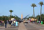Morocco, Marrakech: view to the Koutoubia Mosque from Menara Gardens | Marokko, Marrakesch: Blick zum Minarett der Koutoubia Moschee vom Menara Gardens
