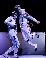 BOGOTA – COLOMBIA – 28 – 05 – 2017: Marco Fichera (Izq.) de Italia, combate con Park Kyoungdoo (Der.) de Corea, durante las Semifinales Varones Mayores Epee del Gran Prix de Espada Bogota 2017, que se realiza en el Centro de Alto Rendimiento en Altura, del 26 al 28 de mayo del presente año en la ciudad de Bogota.  / Marco Fichera (L) from Italy, fights with Park Kyoungdoo (R) from Korea, during Semi Finals Senior Men´s Epee of the Grand Prix of Espada Bogota 2017, that takes place in the Center of High Performance in Height, from the 26 to the 28 of May of the present year in The city of Bogota.  / Photo: VizzorImage / Luis Ramirez / Staff.