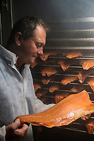 France, Morbihan (56), Arzon, Patrick Chauchard Fumage Artisanal d'Arzon  et son saumon fumé Label Rouge // France, Morbihan, [Non destiné à un usage publicitaire - Not intended for an advertising use]