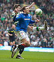 :: CELTIC'S CHARLIE MULGREW CLEARS FROM RANGERS' NIKICA JELAVIC  ::