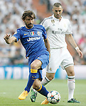 Real Madrid's Karim Benzema (r) and Juventus' Andrea Pirlo during Champions League 2014/2015 Semi-finals 2nd leg match.May 13,2015. (ALTERPHOTOS/Acero)