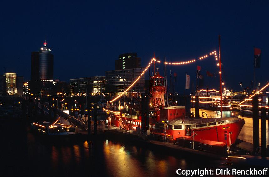 Deutschland, Hamburg, Feuerschiff im Hafen