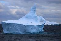Hitchhiker I - Along the Antarctic Sound