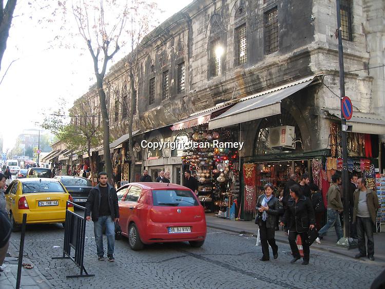 Street outside Grande Bazaar