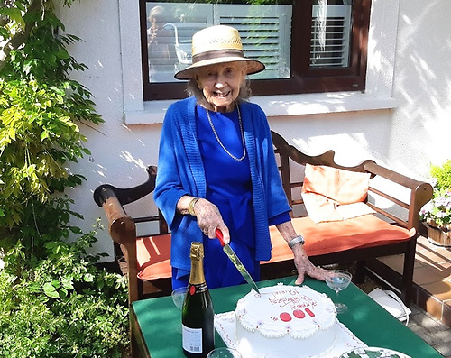 Super Senior – Howth's Muriel McMillan celebrates her socially-distanced hundredth birthday in May 2020