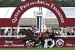 .Arc de Triomphe in Paris.  Workforce (GB) wins the race. Jockey Ryan. L. Moore Owner : K Abdullah. Trainer : M.R. STOUTE. 2nd Place Nakayama (JPN)