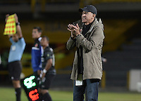 BOGOTÁ -COLOMBIA, 01-09-2014. Juan Carlos Osorio técnico de Atletico Nacional gesticula durante partido contra La Equidad por la fecha 7 de la Liga Postobón II 2014 jugado en el estadio Nemesio Camacho El Campín en Bogotá./ Juan Carlos Osorio coach of Atletico Nacional gestures during match against La Equidad for the 7th date of the Postobon League II 2014 played at Nemesio Camacho El Campin stadium in Bogotá city. Photo: VizzorImage/ Gabriel Aponte / Staff