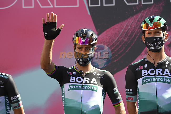 Peter Sagan (SVK) Bora-Hansgrohe at sign on before the start of Stage 7 of the 103rd edition of the Giro d'Italia 2020 running 143km from Matera to Brindisi, Sicily, Italy. 9th October 2020.  <br /> Picture: LaPresse/Fabio Ferrari | Cyclefile<br /> <br /> All photos usage must carry mandatory copyright credit (© Cyclefile | LaPresse/Fabio Ferrari)