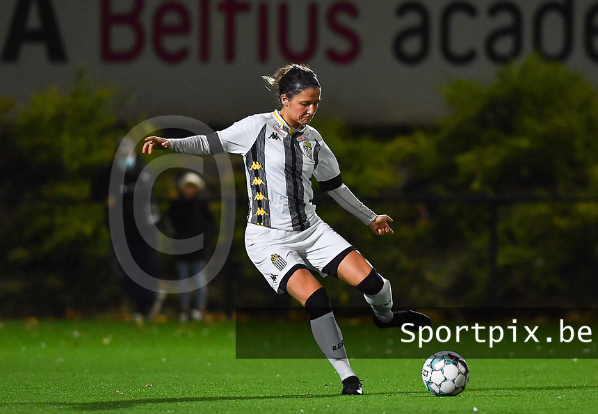 defender Madison Hudson of Sporting Charleroi pictured during a female soccer game between Sporting Charleroi and Club Brugge YLA on the fourth matchday of the 2020 - 2021 season of Belgian Scooore Womens Super League , friday 9 nd of October 2020  in Marcinelle , Belgium . PHOTO SPORTPIX.BE | SPP | DAVID CATRY