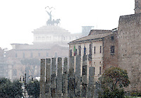 Un momento della nevicata a Roma, 11 febbraio 2012..A view of the snowfall in Rome, 11 february 2012..UPDATE IMAGES PRESS/Riccardo De Luca