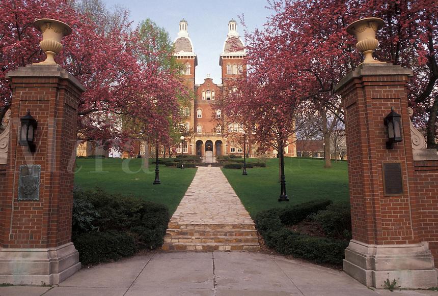 AJ4288, college, university, Pennsylvania, Washington and Jefferson College in Washington in the state of Pennsylvania.