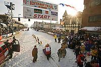 Mitch Seavey leaves the start line @ 2006 Iditarod Ceremonial Start Downtown Anchorage Alaska Winter