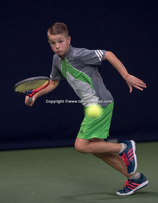 Hilversum, Netherlands, December 4, 2016, Winter Youth Circuit Masters, KNick van den Heuvel (NED)<br /> Photo: Tennisimages/Henk Koster