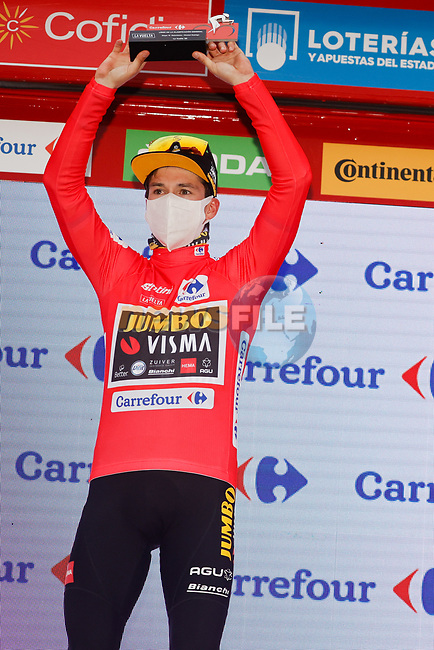 Race leader Primoz Poglic (SLO) Team Jumbo-Visma retains the Red Jersey at the end of Stage 16 of the Vuelta Espana 2020, running 160km from Salamanca to Ciudad Rodrigo, Spain. 6th November 2020. <br /> Picture: Luis Angel Gomez/PhotoSportGomez | Cyclefile<br /> <br /> All photos usage must carry mandatory copyright credit (© Cyclefile | Luis Angel Gomez/PhotoSportGomez)