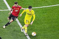 26th May 2021; STADION GDANSK  GDANSK, POLAND; UEFA EUROPA LEAGUE FINAL, Villarreal CF versus Manchester United:  BRUNO FERNANDES, MANU is held off by the turn from Manu Triguerof Villarreal