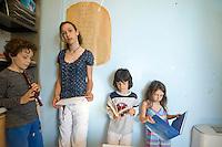 homeschooling, educazione parentale, educazione domestica. Ad ognuno i propri compiti.