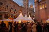 Christmas fair in the Pueblo Español (Spanish Village)<br /> <br /> Mercado de Navidad en el Pueblo Español<br /> <br /> Weihnachtsmarkt im Pueblo Español (Spanischen Dorf)<br /> <br /> 3008 x 2000 px<br /> 150 dpi: 50,94 x 33,87 cm<br /> 300 dpi: 25,47 x 16,93 cm