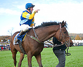 Bernie Dalton makes a point with Pierrot Lunaire after the Grand National.