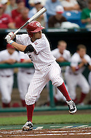 Oklahoma's Tyler Ogle in Game 3 of the NCAA Division One Men's College World Series on Sunday June 20th, 2010 at Johnny Rosenblatt Stadium in Omaha, Nebraska.  (Photo by Andrew Woolley / Four Seam Images)