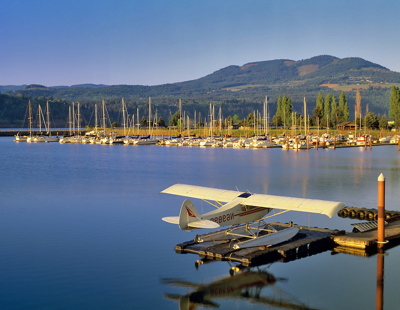 Dock with float plane on the Columbia River. Hood River, Oregon