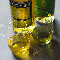 Europe/France/Rhône-Alpes/38/Isère/ Voiron:  Chartreuse verte et Chartreuse jaune ,  Liqueur  des Pères Chartreux - Stylisme : Valérie LHOMME // France, Isere, Voiron, Green and yelow Chartreuse VEP, Liqueurs made by the Chartreuse Monks, French liqueur