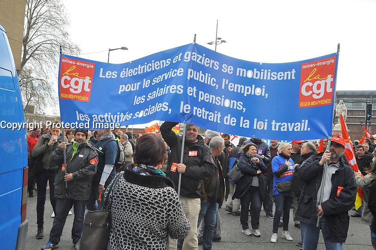 31 Mars 2016 Toulouse mobilisation des Toulousains contre le projet de loi Travail El Khomri, jeudi 31 mars 2016 Toulouse