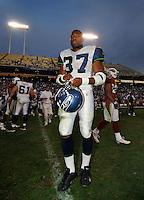 Nov. 6, 2005; Tempe, AZ, USA; Running back (37) Shaun Alexander of the Seattle Seahawks against the Arizona Cardinals at Sun Devil Stadium. Mandatory Credit: Mark J. Rebilas
