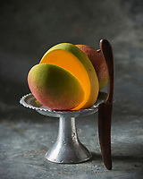 Gastronomie générale, Mangue// Gastronomy, Mango - Stylisme : Valérie LHOMME