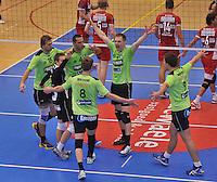 Volley Team Menen - Hotvolleys Wenen : Menen viert één van hun gemaakte punten<br /> foto VDB / Bart Vandenbroucke
