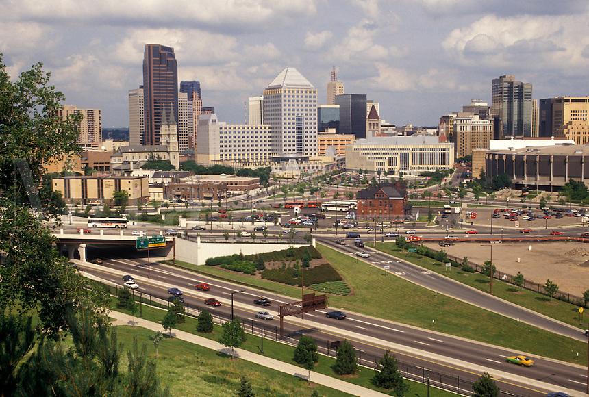 skyline, St. Paul, MN, Minnesota, Twin Cities, View of the downtown skyline of Saint Paul.