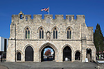 Great Britain, Hampshire, Southampton: The 800 year old Bargate, medieval entrance to the old town