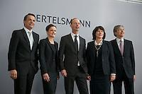 Bertelsmann Bilanz-PK am Dienstag den 26. Maerz 2013 in Berlin.<br />Vlnr.: Markus Dohle, Chairman und CEO Random House; Dr. Judith Hartmann, Chief Financial Officer Bertelsmann; Dr. Thomas Rabe, Vorstandsvorsitzender Bertelsmann; Anke Schaeferkordt, Co-CEO RTL Group und Geschaeftsfuehrerin Mediengruppe RTL Deutschland; Dr. Thomas Hesse, Vorstand fuer Unternehmnsentwicklung und Neugeschaefte Bertelsmann.<br />26.3.2013, Berlin<br />Copyright: Christian-Ditsch.de<br />[Inhaltsveraendernde Manipulation des Fotos nur nach ausdruecklicher Genehmigung des Fotografen. Vereinbarungen ueber Abtretung von Persoenlichkeitsrechten/Model Release der abgebildeten Person/Personen liegen nicht vor. NO MODEL RELEASE! Don't publish without copyright Christian-Ditsch.de, Veroeffentlichung nur mit Fotografennennung, sowie gegen Honorar, MwSt. und Beleg. Konto:, I N G - D i B a, IBAN DE58500105175400192269, BIC INGDDEFFXXX, Kontakt: post@christian-ditsch.de<br />Urhebervermerk wird gemaess Paragraph 13 UHG verlangt.]