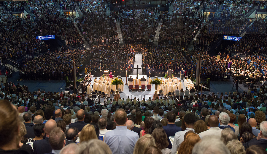 May 20, 2017;  2017 Commencement Mass. (Photo by Barbara Johnston/University of Notre Dame)