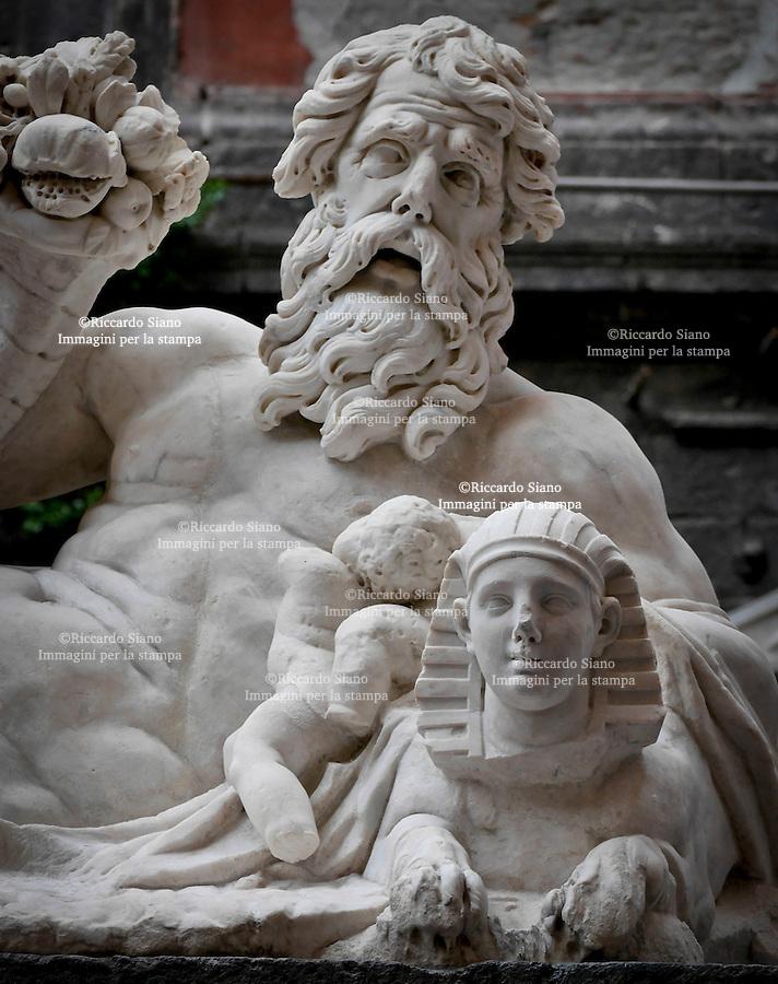 - NAPOLI 15 NOV 2014 - Corpo di Napoli Inaugurazione del restauro della statua del Nilo.