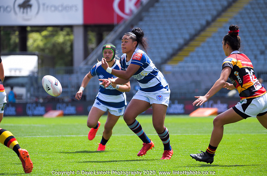 Patricia Maliepo passes during the Farah Palmer Cup women's rugby union match between Auckland Storm and Waikato at Eden Park in Auckland, New Zealand on Sunday, 18 October 2020. Photo: Dave Lintott / lintottphoto.co.nz