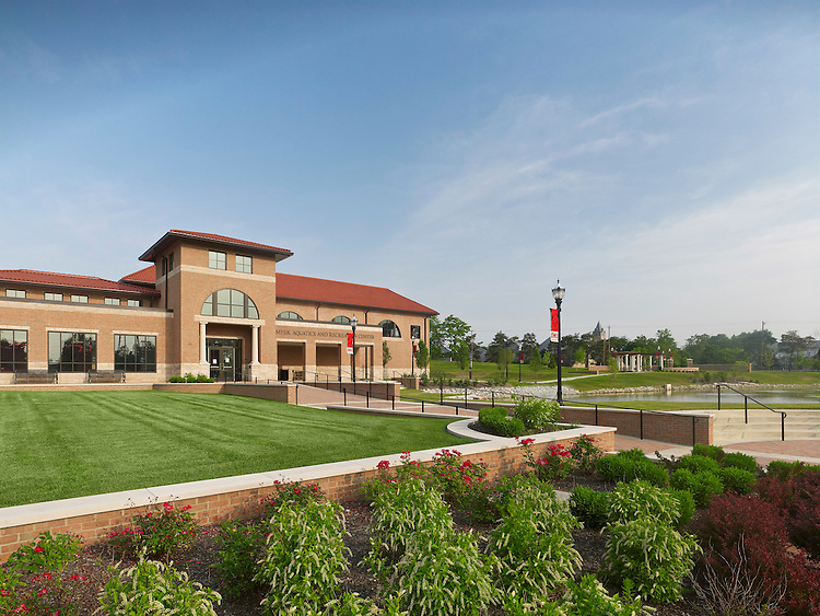 Meek Aquatic & Recreation Center at Ohio Wesleyan University   Architects: The Collaborative