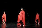 OUT OF CONTEXT..Auteur : PLATEL Alain..Choregraphie : PLATEL Alain..Mise en scene : PLATEL Alain..Compagnie : Les ballets C de la B..Avec :..DESSEINE RAVEN Mathieu..ITO Kaori..JOSSE Emile..LOMOFF Melanie..MC CORMACK Ross..RUNA Romeu..TASS Elie..TORRES GUERRERO Rosalba..SEUNG YE Hyo..Lieu : Theatre de la Ville..Ville : Paris..Le : 08 02 2010..© Laurent PAILLIER / photosdedanse.com..All rights reserved