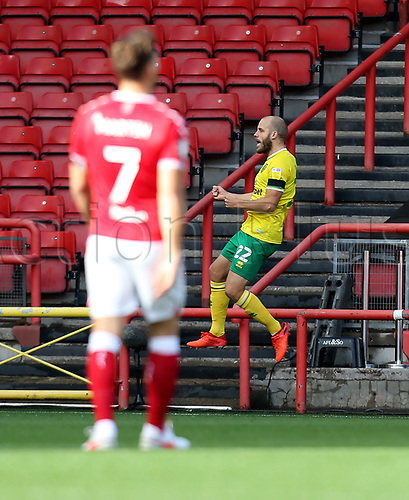 31st October 2020; Ashton Gate Stadium, Bristol, England; English Football League Championship Football, Bristol City versus Norwich; Goal celebrations for Teemu Pukki of Norwich City for 1-0 in the 6th minute
