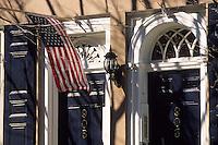 Amérique/Amérique du Nord/USA/Etats-Unis/Vallée du Delaware/Pennsylvanie/Philadelphie : Dans le quartier de antiquaires sur Pine Street - Détail maison et drapeau américain