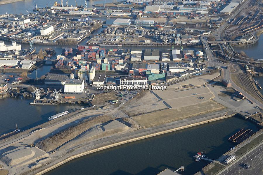 Kuhwerder Hafen: EUROPA, DEUTSCHLAND, HAMBURG 06.01.2017 Kuhwerder Hafen