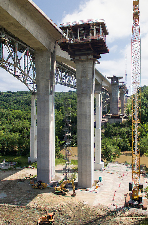 Jeremiah Morrow United States Interstate 71 Bridge Aerial Photography   HNTB