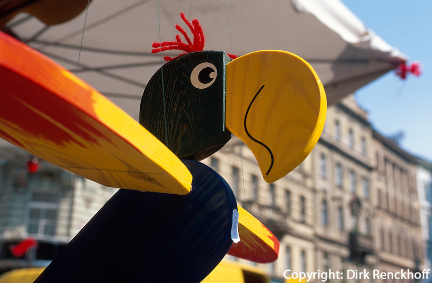 Tschechien, Prag, Holzspielzeug, Markt auf der Havelska