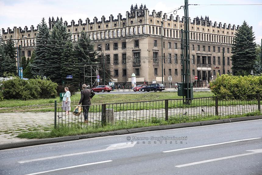 la città ideale progettata per gli operai della vicina acciaieria negli anni 50, gli uffici delle acciaierie Arcelor Mittal Warsaw, Nowa Huta, the socialist ideal city designed for the workers of the nearby steel mill in the 50