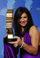 """21st Gemini Awards, Richmond, BC November 4, 2006, Wendy Crewson, Gemini Award winner for Best Performance by an Actress in a Leading Role in a Dramatic Program or Mini-Series for her role in """"The Man Who Lost Himself""""(CNW Group/Academy of Canadian Cinema & Television)"""