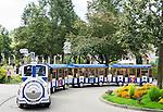 Germany, Bavaria, Lower Franconia, Bad Kissingen: sightseeing trip through old town with tour train | Deutschland, Bayern, Unterfranken, Bad Kissingen: mit dem Kurbaehnle auf Stadtrundfahrt durch die Altstadt