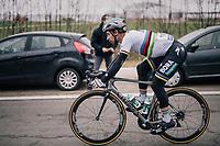 World Champion Peter Sagan (SVK/Bora-Hansgrohe) speeding down the Nieuwe Kwaremont in a rather awkward position...<br /> <br /> 61th E3 Harelbeke (1.UWT)<br /> Harelbeke - Harelbeke (206km)