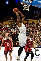 GRONINGEN - Basketbal , Open Dag met Donar - Antwerp Giants , voorbereiding seizoen 2021-2022, 05-09-2021,  Donar speler Lotanna Nwogbo op weg naar score