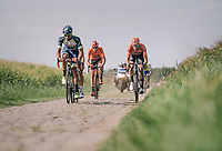 """the leading group with <br /> <br /> Antwerp Port Epic 2018 (formerly """"Schaal Sels"""")<br /> One Day Race:  Antwerp > Antwerp (207 km; of which 32km are cobbles & 30km is gravel/off-road!)"""